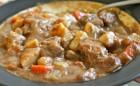 Recepti za goveđi paprikaš sa ukusima koji izazivaju apetit