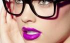 Odlični make-up trikovi za devojke koje nose naočare