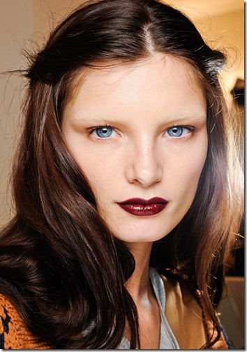 bleached-brows-red-lips-gucci-fall-2012-runway