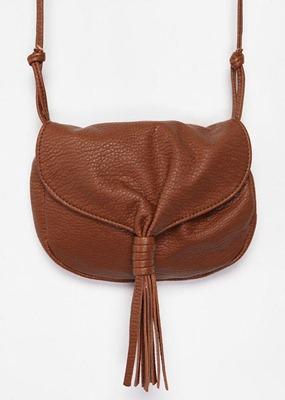 2_ecote-tassel-crossbody-bag