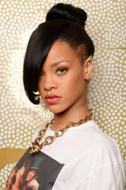 top-10-rihanna-hairstyles-2012-9