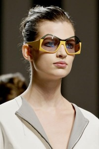 Sunglasses-Trends-for-Spring-Summer-2013-by-Fendi-200x300