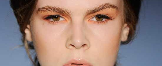 orange-eyeshadow-shakuhachi-australia-fashion-week-2011-550x225