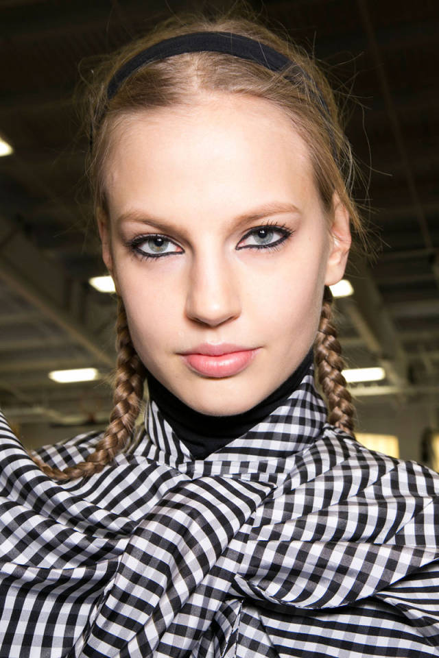 hbz-fw2014-hair-trends-braids-02-Marc-bks-A-RF14-3971-sm