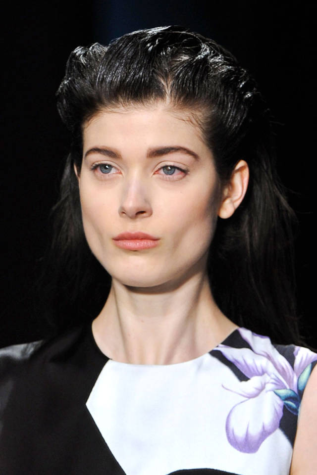 hbz-fw2014-hair-trends-sleek-strands-01-Phillip-Lim-clp-RF14-4910-sm