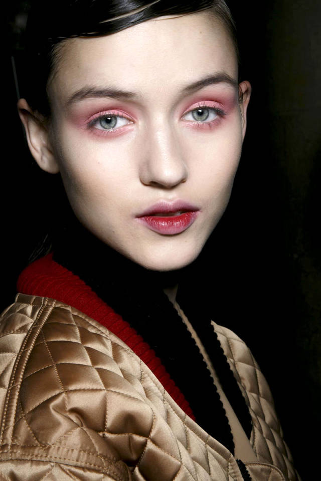 hbz-makeup-trends-fw2014-colorful-eyes-06-Saunders-bks-A-RF14-7589-sm