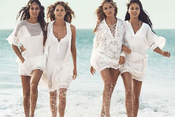 Victorias_Secret_Angels_for_hm_summer_2015_swimsuit_campaign2